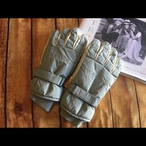 Columbia Women's Insulated Gloves.